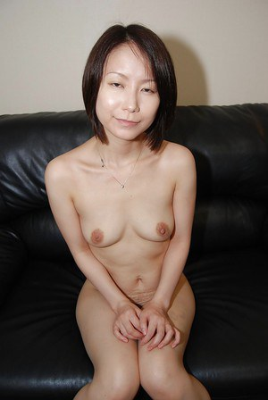 Lusty asian MILF strips down and has some pussy vibing fun