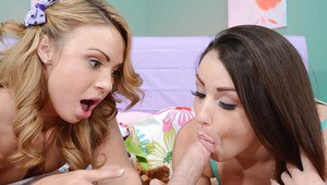 Luscious teen sluts have some cum swapping fun after FFM threesome