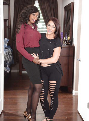 Sultry ebony MILF has some lesbian fun with her white bootylicious friend