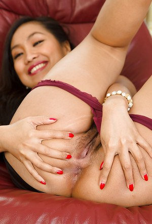 Amateur, slender Asian courtesan Amy Latina gets really wet