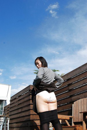 Sensuous Asian milf Mami Osumi wants to be abducted and fucked hard