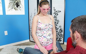 Geeky girlfriend in glasses turns to be a real cum-swallowing freak