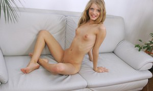 Slim amateur teen babe Cayenne Klein has never done that before