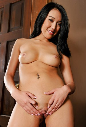 Perky asian amateur taking off her lingerie and exposing her pink pussy