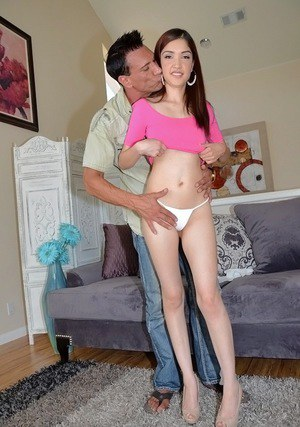 Cunning and sweet Latina teen Jericha Jem blowjobs like real queen