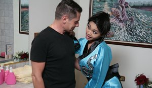 Attractive Asian milf Mika Tan fulfills allthe sexy promises she made