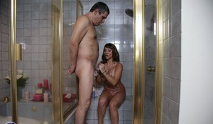 Curvaceous asian masseuse gives a fervent soapy and wet blow and handjob