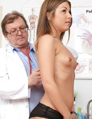 Gentle oldman welcomes naked bitch Patricia to play fetish game