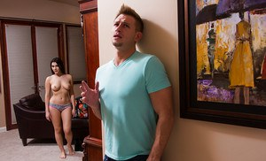 Giggly girlfriend with big tits Valentina Nappi prefers giving deepthroats