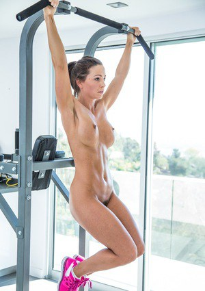 Big tits babe Abigail Mac is doing some sports in her new gym