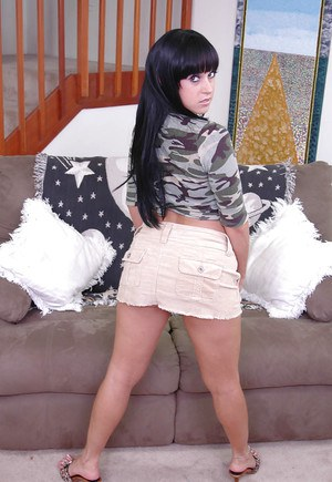 Brunette with massive ass Dasani Lezian gets naughty on the sofa