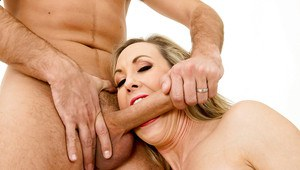 Blonde mature milf Brandi loves to be pussy licked and cummed on face