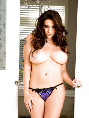 Linsey Dawn McKenzie is showing her big tits and sexy lingerie