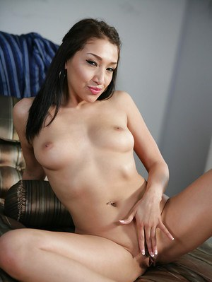 Masturbating Asian babe Vicki Chase is showing off in pink lingerie