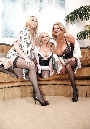 Kelly Madison and her girlfriend do fantastic blowjobs and handjobs