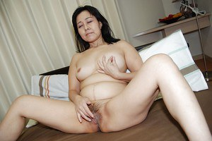 Fatty Milf Mako Anzai takes part in an undressing scene in her lingerie