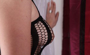 What a stunning European babe Phoene that loves to suck and fuck