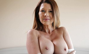 Big tits mature Raquel Devine shows her masturbation on camera