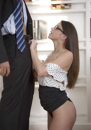 Close up blowjob done by a big tits babe in glasses Brooklyn Chase