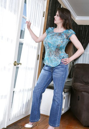 Shall big tits tight jeans galleries think, that