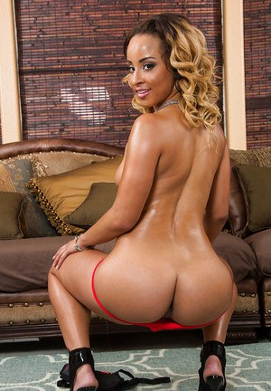 Great ebony whore Teanna has her ass oiled up and completely naked
