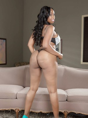 Ebony mom Anya Ivy reveals her tight ass in sexy white jeans