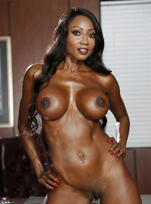 Undressing action with an Ebony mature babe Diamond Jackson