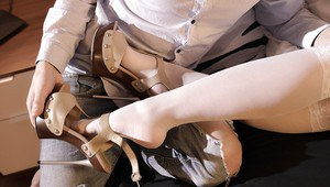 European teen with long legs Jessi Gold takes part in a foot fetish scene