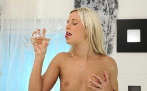 Sweet Dido Angel is pissing and drinking her own piss in the sexy way