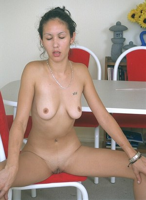 Beauty brunette Chenise is having awesome time while masturbating