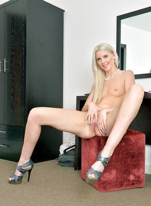 Astonishing blonde milf Lexi Lou undresses after her hard day