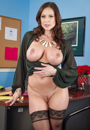 Slender office milf Kendra Lust shows off her ideal big booty