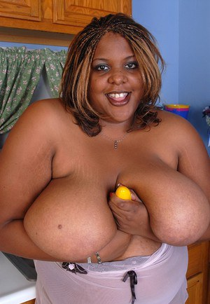Mature Minxx is playing with her vagina and gigantic boobies