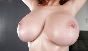 Big-tit babe pornstar Tessa Fowler smiles and undresses hot