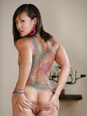 Amazing Asian babe Jandi Lin shows tattoos on her sweet naked body