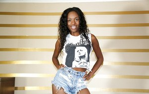 It is always great to watch at naked ebony teen Armani Monae