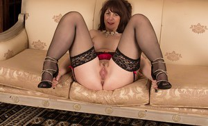 The silky feeling of stockings makes Toni Lace's mature cunt moist