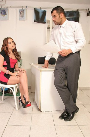 Doctor gives an extreme BDSM session in his office to pornstar Leyla