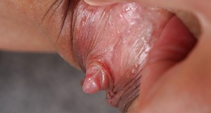 pussy up Clit close