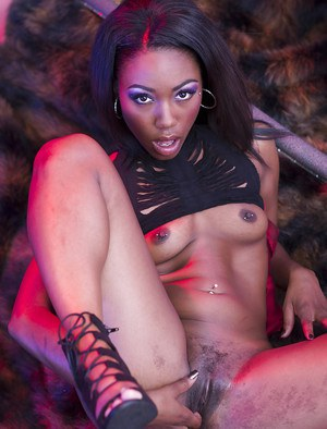 Hot ebony model Chanell Heart maturbating her spread black pussy