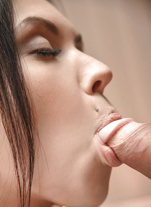 Slender young chick Sheri Vi uses pierced tongue to suck boyfriend off