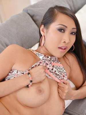 Asian hottie Sharon Lee exposing underboobage while striking solo poses