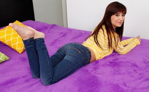 Innocent brunette amateur Kelly Kitty showing off her hairy pussy