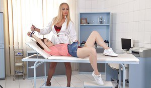 Submissive patient lets her sexy blonde doctor touch her pussy