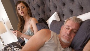 Hot wife Riley Reid giving her husband a blowjob after work