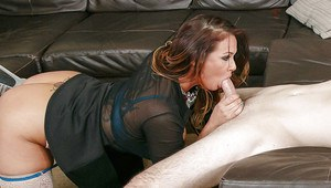 Stepmom Tory Lane and her stepdaughter Gia Paige swap cumshot