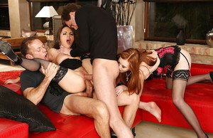Crazy foursome sex with anal loving sluts Dominica Phoenix and Linda Sweet