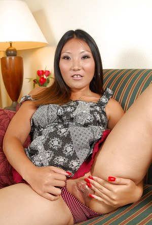 Asian amateur Miki parting shaved vagina for clitoris viewing