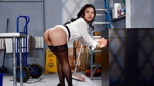 Asian beauty Cindy Starfall riding massive white cock after giving bj
