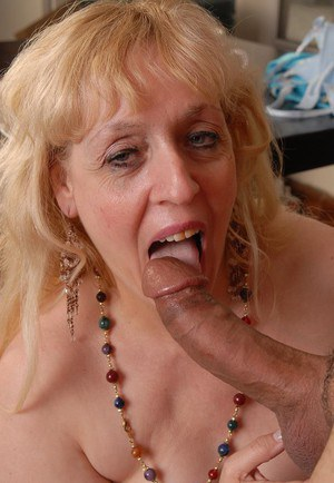 Chunky blonde lady Anne eating cum from hand after doggy fucking